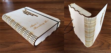 Ein Mappe aus Holz schafft Ordnung oder dient zur Aufbewahrung für besondere Dinge.