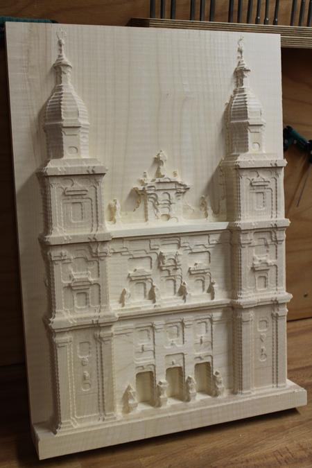 Das fertige Modell der Fassade des Salzburger Doms aus der CNC-Fräse des Happylab.