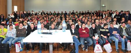 Alle Erwartungen übertgroffen: 500 Elektrotechniker kamen zur ersten Produktpräsentation der neuen Software comschäke.