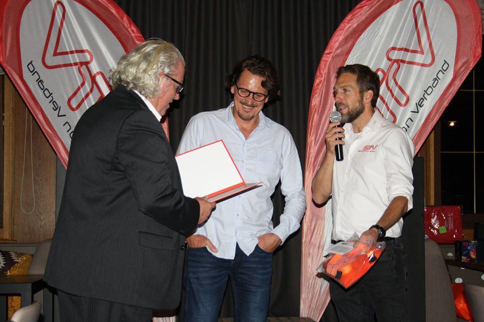 Anton Kesselbacher bei der Verleihung des Awards für die Trainerpersönlichkeit des Jahres. Triathlon Austria Gala.